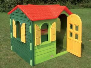 Готовый детский домик для дачи