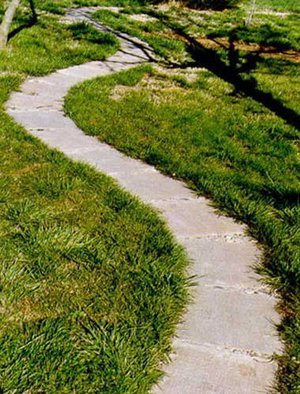 Бетонные дорожки в саду