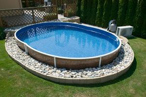 Из каких материалов делается бассейн