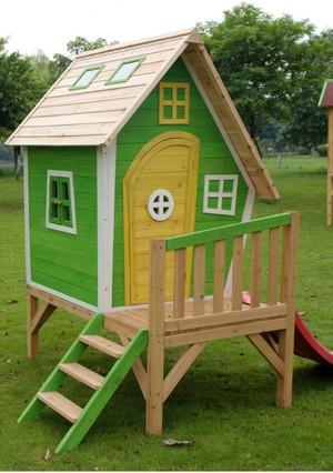 Как построить детский деревянный домик самому