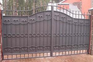 Из какого материала сделать ворота