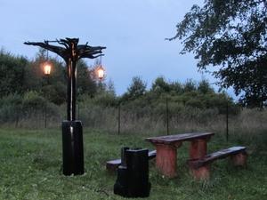 Установка фонаря на даче
