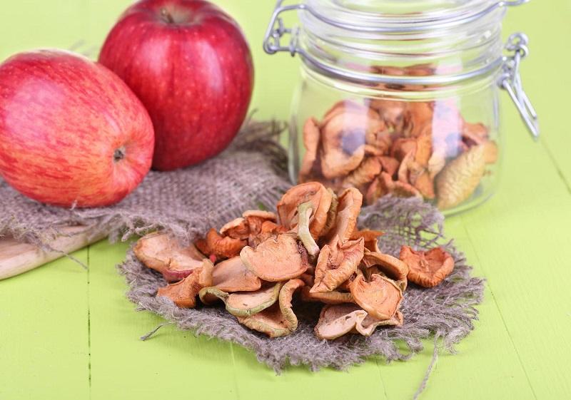 Почему стоит сушить яблоки и как это правильно сделать