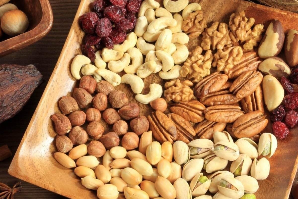 5 самых полезных орехов для организма, которые защитят от авитаминоза осенью