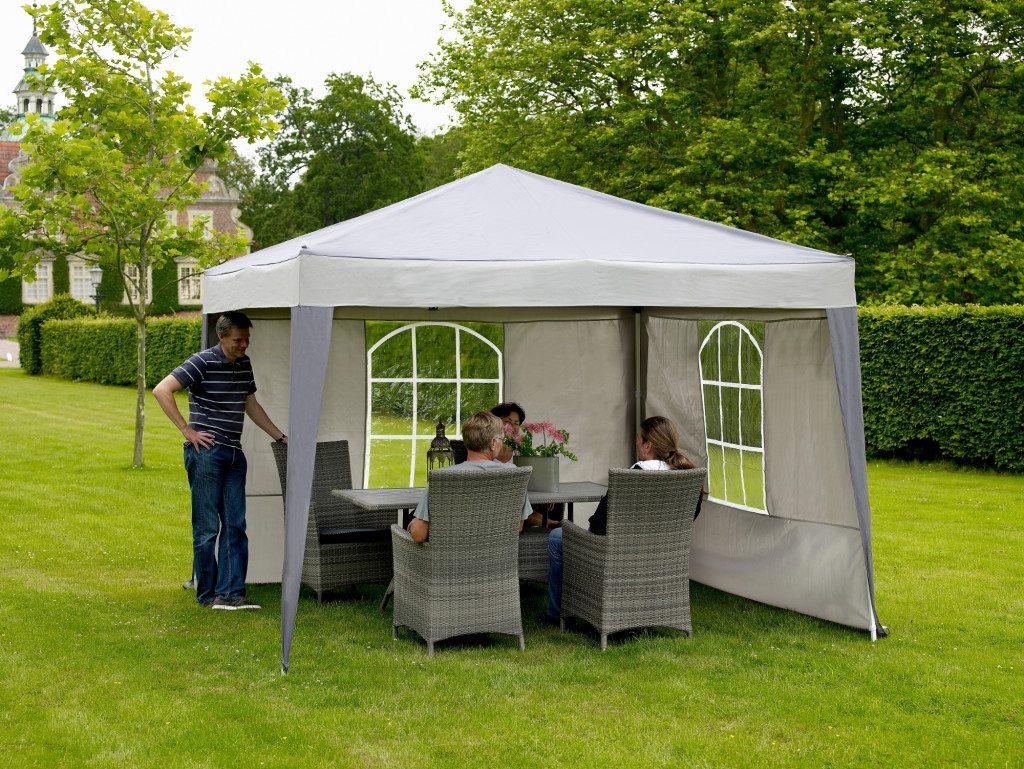 Летние шатры и тенты для дачи: отличия, выбор и использование