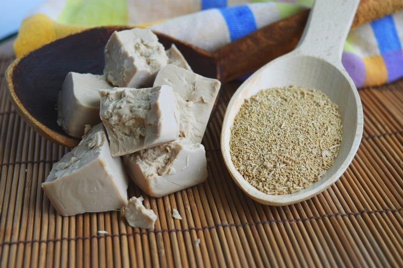 4 натуральных и полезных удобрения для огуречной рассады