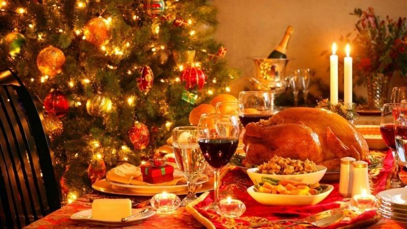 Блюда, которые не стоит ставить на новогодний стол, чтобы Белая Крыса не расстроилась