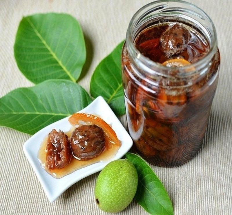 Дети оценят: 5 вкусных рецептов варенья из грецких орехов