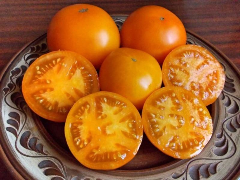 5 сортов томатов, которые только занимают место в теплице: не покупайте их семена