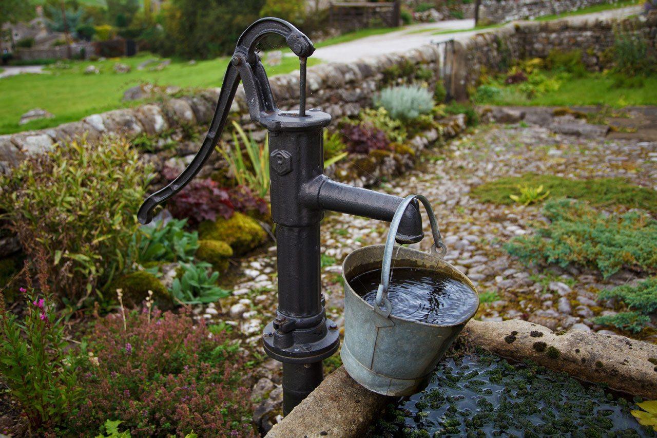 Ручной насос для скважины: просто, надежно, экономично